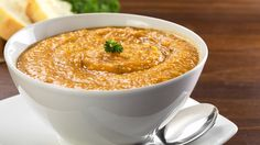 This Roasted Garlic & Sweet Potato Soup is a great addition to any meal. It'… This Roasted Garlic & Sweet Potato Soup is a great addition to any meal. It's not only tasty but also healing to your gut! Try it today! Sweet Potato Curry, Roasted Sweet Potatoes, Roasted Garlic, Sweet Soup, Real Food Recipes, Soup Recipes, Cooking Recipes, Vitamix Recipes, Eating Clean