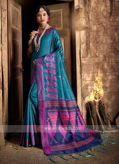 Raw Silk Blue Saree... Sari Fabric, Fabric Art, Fabric Material, Blue Saree, Casual Saree, Art Silk Sarees, Looks Chic, Traditional Sarees, Work Looks