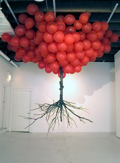 """""""Balloon Tree"""", Art Installation by Myeongbeom Kim (.and yes I'm from that generation that hears red balloons"""" / """"neunundneunzig luftballons"""" on seeing this ~ Carol @ Merrin Joinery) Balloon Tree, Red Balloon, Flying Balloon, Balloon Chandelier, Balloon Display, Land Art, Blog Art, Instalation Art, Art Plastique"""