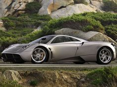 Reason #1 to Get Rich: Hennessey Venom GT Vs Pagani Huayra