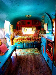 caravan ideas 532691462177798920 - Incredible Camper Van Interior Decor Ideas Source by Camper Life, Rv Campers, Camper Van, Diy Camper, Camper Trailers, Travel Camper, Combi Hippie, Hippie Style, Hippie Camper