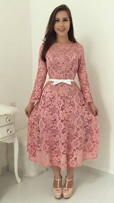 Swans Style is the top online fashion store for women. Shop sexy club dresses, jeans, shoes, bodysuits, skirts and more. Modest Dresses, Modest Outfits, Skirt Outfits, Cute Dresses, Beautiful Dresses, Short Dresses, Vintage Dresses, Trend Fashion, Fashion Outfits