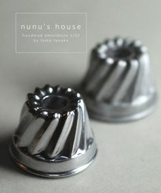 Nunu's House - Tanaka Tomo (handmade miniatures - May 2013 Mini Kitchen, Miniature Kitchen, Miniature Crafts, Toy Kitchen, Miniature Houses, Miniature Food, Blue Moon Cafe, Accessoires Mini, Layout Design