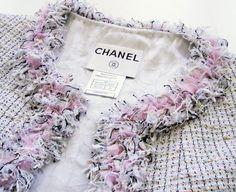 New Fashion Classic Chanel Jacket Ideas Chanel Fashion, Pink Fashion, Couture Fashion, Trendy Fashion, Fashion Vintage, Chanel Jacket Trims, Chanel Style Jacket, Vintage Chanel, Vintage Pink