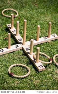 14 insanely awesome and fun backyard games to DIY now! #DIYgames #backyardgames Family Yard Games, Yard Games For Kids, Diy Yard Games, Diy Games, Backyard Games, Outdoor Games, Diy For Kids, Outdoor Activities, Backyard Ideas