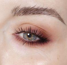 "Gefällt 1,615 Mal, 23 Kommentare - Katie Jane Hughes (@katiejanehughes) auf Instagram: ""Raspberry and peach I used the upcoming @maccosmetics OH MY BANANA Eyeshadow palette"""