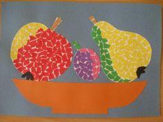 Mísa s ovocem - trháním papíru