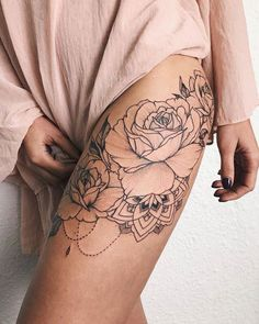 55 Hot & Gorgeous Tattoo Ideas for Every Women - Page 30 of 51 - The Glamour Lady #TattooIdeasForWomen #TattooIdeasFlower