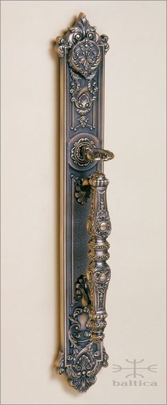 Aurelia thumblatch | antique bronze | Custom Door Hardware handcafted by master artisans. Old world beauty. www.balticacustomhardware.com