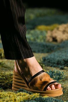 Dries Van Noten Spring 2015 Ready-to-Wear - Details - Gallery - Look 46 - Style.com
