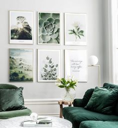 Tavelvägg med guldramar och naturposters Picture wall with gold frames and nature posters Living Room Green, Home Living Room, Living Room Designs, Living Room Decor, Bedroom Decor, Living Room Prints, Apartment Living, Inspiration Wand, Decoration Inspiration