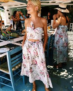Trendy Ideas For Summer Outfits : Holiday Packing Panic? What to Wear to Hottest Travel Destinations Gypsy Look, Style Outfits, Fashion Outfits, Fashion Clothes, Spring Summer Fashion, Spring Outfits, Summer Chic, Look At You, Mode Inspiration