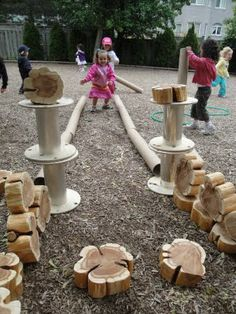 Wood or Metal Playground Equipment? – Playground Fun For Kids Reggio Emilia, Outdoor Learning Spaces, Outdoor Education, Backyard Playground, Playground Ideas, Children Playground, Backyard Ideas, Outdoor Classroom, Outdoor Fun