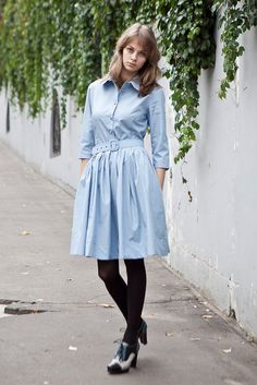 pretty- I have a dress just like this! Never woulda thunk to pair it with black tights