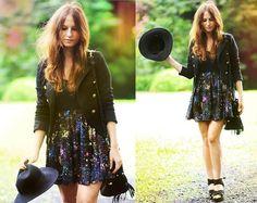 super pretty sparkly skirt !