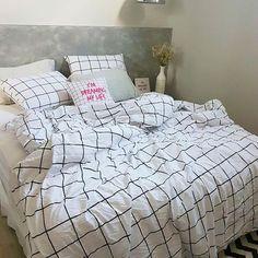 Agora todo mundo sabe que não passamos a roupa de cama