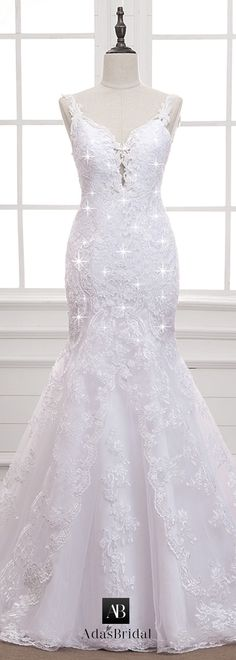 Alluring Tulle V-neck Neckline Mermaid Wedding Dress With Lace Appliques & Beading