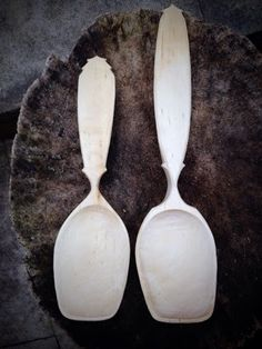 Simon Hill Green Wood Carving: Birch serving spoons