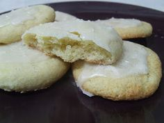 Cooking Gluten (& Dairy) Free: Soft Iced Rolled-Out Sugar Cookies {Revised}