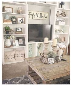 Family room design – Home Decor Interior Designs Living Room Remodel, Home Living Room, Living Room Designs, Living Room Decorating Ideas, Country Home Decorating, Shelf Ideas For Living Room, Farmhouse Living Room Decor, Bookshelf Decorating, Bookshelf Design