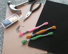 Using Nails/String to Make Art: I am Starting to Find this Interesting ~ If U Click on Picture it Will Take U to a Site that has a Pattern &Techniques; ~~  How string art pictures are made. ~~  This demonstration uses the free String Art Fun Circle 1 pattern. It takes you through the picture making process step by step.