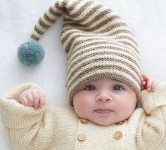 Idéal pour avoir un petit look de lutin, voici ce modèle de bonnet tricoté en '5;> Laine Mérinos Alpaga' coloris Ecru, Chanvre et Céladon.Modèle N°3 du mini-catalogue N°597 : Layette, Automne/Hiver 2015