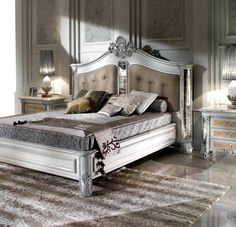 Luxury Italian bedroom and furniture in classic style - Is your home feeling a tiny dated? Whether you desire to overhaul your entire home . Italian Bedroom Furniture, Bedroom Furniture Stores, Old Furniture, Luxury Furniture, Furniture Makeover, Furniture Design, Luxurious Bedrooms, Layout, Bed Ideas
