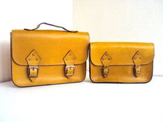 A Set of 2 ,Moms and Daughters Matching Messenger Bags ,Yellow ,Tote Bag ,ipad Bag ,mothers day ,for her ,for mom ,for kids ,SALE