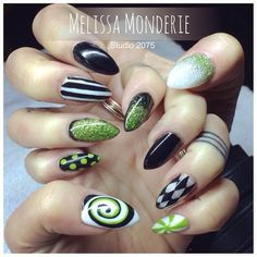 Nail art. Studio 2075, Montreal City. Designed by Melissa Monderie. Black Christmas nails :)