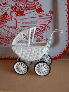 tiny dollhouse wicker pram or stroller - ricracandbuttons