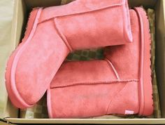 UGG Australia.. ( If you are looking for Pink Fashion then check out my board labeled as such... pin as much as you want..Medic)