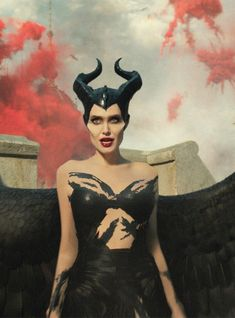 The Maleficent Sequel Added A Few New Faces Watch Maleficent, Maleficent Cosplay, Angelina Jolie Maleficent, Maleficent Movie, Malificent, Disney Princess Tattoo, Punk Princess, Grand Tour, Princess Adventure