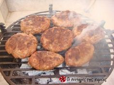 Super ζουμερά και νόστιμα μπιφτέκια Mince Meat, Meat Lovers, Greek Recipes, Griddle Pan, Food To Make, Pork, Healthy Eating, Cooking, Meals