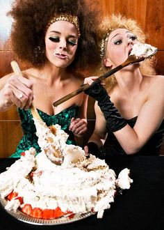 models who eat hair inspiration Beauty Photography, Cake Photography, Fashion Photography, Photography Ideas, Ellen Von Unwerth, Fashion Shoot, Editorial Fashion, Birthday Wishes, Happy Birthday
