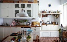 Küche im Landhausstil in der Stadtmitte