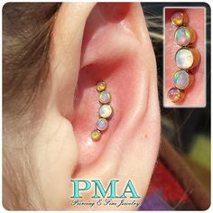 Check out this fanciness! A fresh conch piercing adorned with the amazing Anatometal's custom opal cluster. Love how this compliments ... Conch Piercings, Cute Piercings, Body Piercings, Piercing Ideas, Body Modifications, Beautiful Body, Body Mods, Transformation Body, Body Jewelry