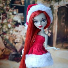 "64 Likes, 4 Comments - Lucy aka Hellfish (@lucy.gamova) on Instagram: ""#Christmas #Ghoulia *photographed by owner, Diana Savina* Thanks Diana for sharing!!! #redhead…"""
