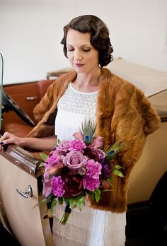 Brides.com: Wedding Hairstyles for Brides with Short Hair    A Retro-Inspired Wedding Hairstyle   Photo Credit: Rachel Peters