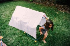 The EZ-FORT Original 55 piece kit is perfect for building forts and brains! Unlock your child creativity and imagination with each structure the build.