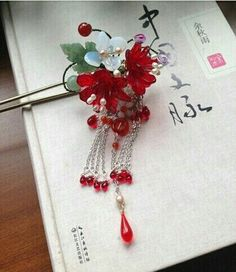 Chinese Hairpin, Hair Jewels, Hair Decorations, Colored Highlights, Ancient Jewelry, Fantasy Jewelry, Hair Sticks, Hair Ornaments, Hair Pieces
