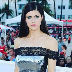 "Alexandra Daddario (@alexandradaddario) on Instagram: ""Thank you @makeupqueennyc and @jennifer_yepez for turning me into a proper baywatch babe, as I…"""