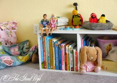The Good Wife: Week 33 of the Weekly Organization Challenge - kid's books #organization #bedroom #kids_room