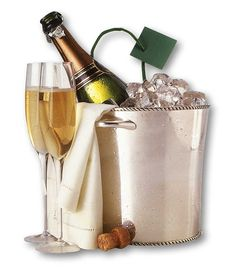 Champagne on ice and two flute glasses: What more do you need? Flute Glasses, Alcoholic Drinks, Cocktails, Unique Wedding Gifts, Champagne Bottles, Refreshing Drinks, Party Supplies, Polyvore, Food And Drink