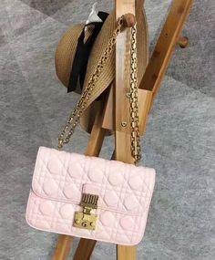 Fashion Trend, Christian Dior Small Dioraddict Flap Bag M5818