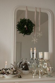 Google Image Result for http://cdnimg.visualizeus.com/thumbs/23/65/candles,christmas,decorate,mirror,white-23656b002a7997a4a99af1fe41613055_h.jpg