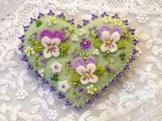 Hand beaded pansy felt pin by GlosterQueen on Etsy by yvette Felt Embroidery, Felt Applique, Felted Wool Crafts, Fabric Hearts, Felt Christmas Ornaments, Felt Brooch, Felt Patterns, Felt Fabric, Felt Hearts
