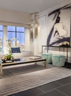 Beautiful winter shades combined with a little gold sparkle. On highlight Ginerva coffee table and Smith ottoman by Fendi Casa #Luxury #Living #Miami