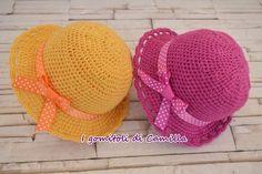 Arts And Crafts Hobbies That Make Money Code: 1438247765 Crochet Kids Hats, Baby Girl Crochet, Crochet Baby Booties, Knit Crochet, Tricot Baby, Sombrero A Crochet, Crochet Keychain, Sleeping Bag, Beautiful Crochet