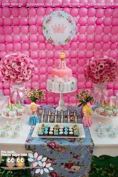"""""""Wedding and Party"""": Festa das princesas by """"Pra você festas especiais"""""""