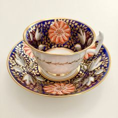 Antique early Century Rathbone teacup and saucer, bright flowers on cobalt blue, ca Staffordshire, England. Tea Cup Set, Cup And Saucer Set, Tea Cup Saucer, Tea Sets, Vintage Tee, Fun Cup, Chocolate Cups, Afternoon Tea, Tea Time